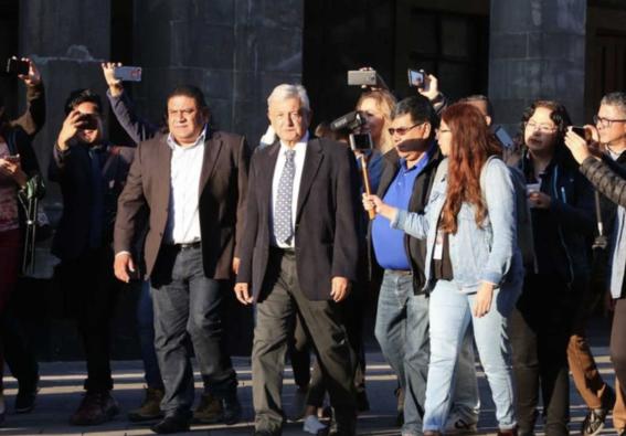 amlo vota en consulta ciudadana naicm 2