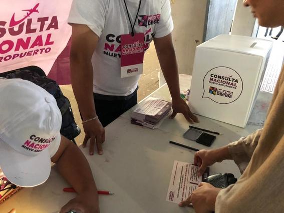 reportan irregularidades en consulta ciudadana del naicm 5