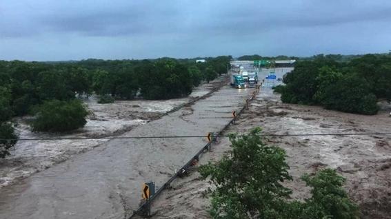 nayarit emergencia por desborde de rio acaponeta 1