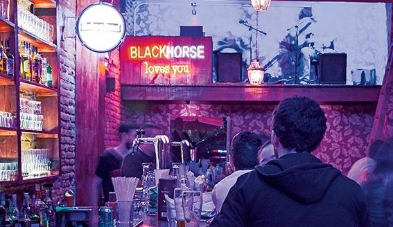 bares en la condesa con musica en vivo 5