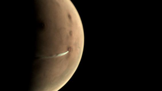 sonda espacial mars express capta la evolucion de las nubes en marte 1