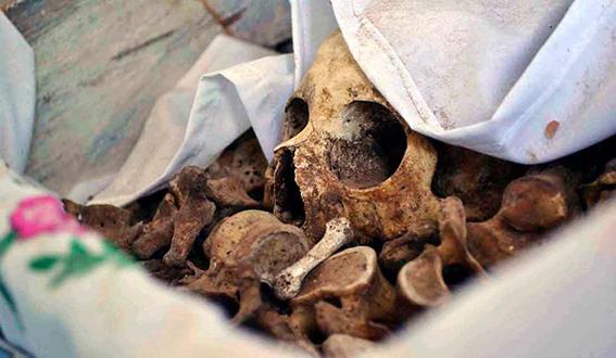 pomuch desentierran muertos pueblo mexico ritos 5