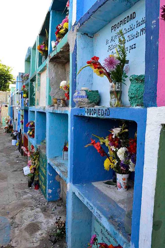 pomuch desentierran muertos pueblo mexico ritos 10