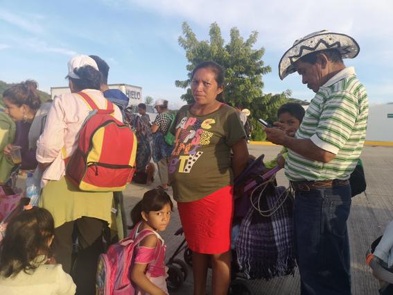 lupita bebe recien nacida en caravana migrante 1