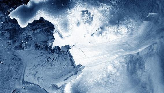 un iceberg mas grande que manhattan se separo de la antartida 2