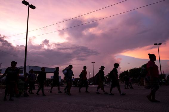 caravana sale de oaxaca mas migrantes vienen para mexico 1