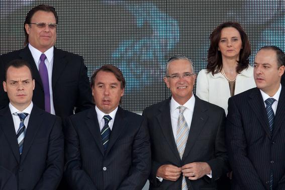 televisa renueva permisos para transmision por 20 anos 3