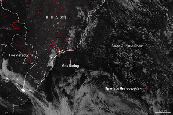 nasa revela imagen de incendio en medio del atlantico 1