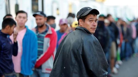 caravana migrante deja la ciudad de mexico 2