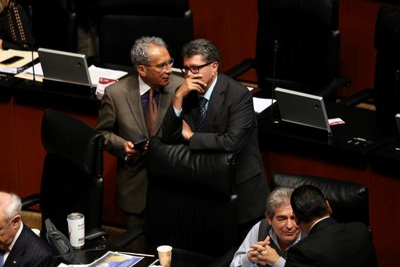 senadores morena ignoran amlo van por comisiones bancarias 4