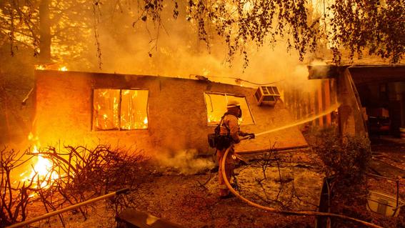 asi postean tuits las celebridades sobre los incendios en california 1