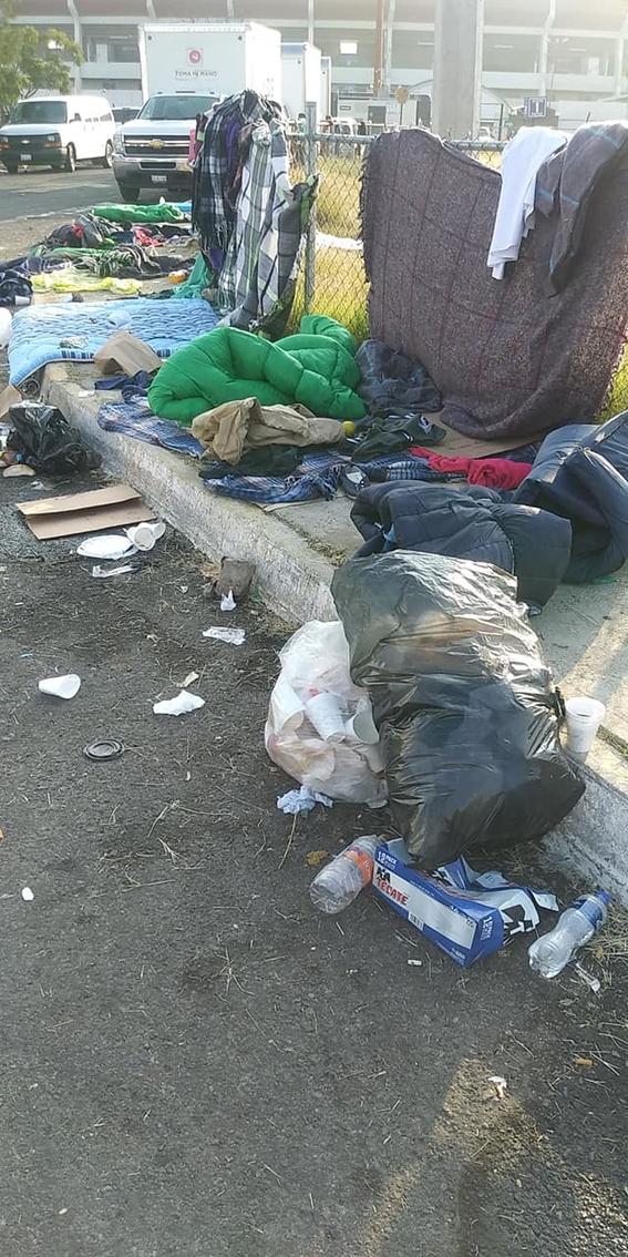 mexicanos muestran basurero de migrantes en queretaro 1