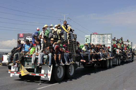 caravana migrante en tijuana 1