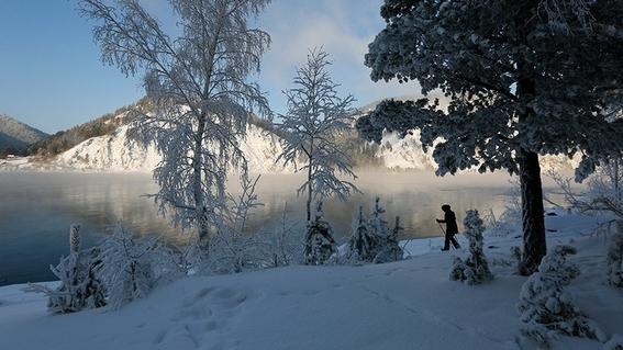 un enorme tsunami de nieve cubrio una ciudad en siberia 2