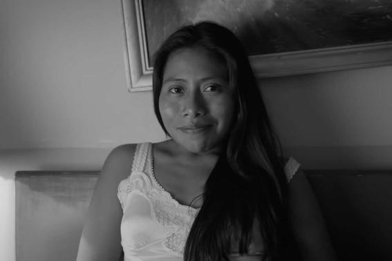 yalitza aparicio actriz de roma posa para la revista vanity fair 1