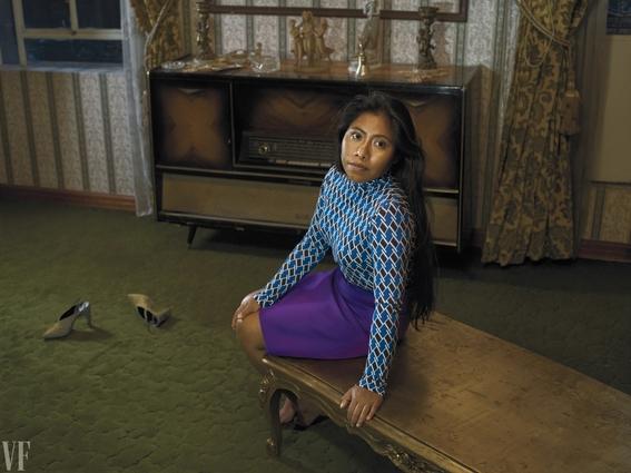 yalitza aparicio actriz de roma posa para la revista vanity fair 2