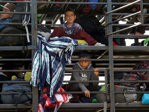 detenidos en caravana 1