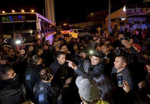 migrante advierte con acribillar mexicanos si siguen agresiones 1