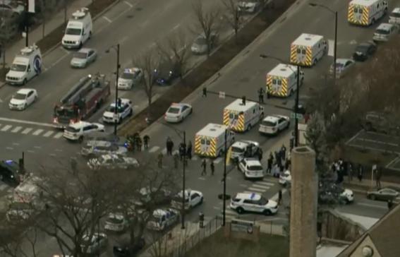 un muerto y 4 heridos deja tiroteo en hospital de chicago 1