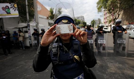 solo 23 de policias en mexico pasaria certificacion 3
