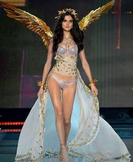 Las alas más impresionantes de Victoria's Secret 8