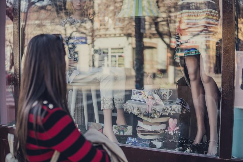 best black friday shopping hacks tips