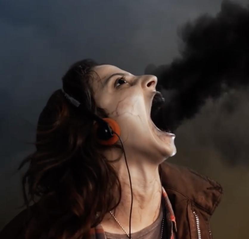 """Quién es Gisselle Kuri, la vlogger que protagoniza """"Diablero"""""""