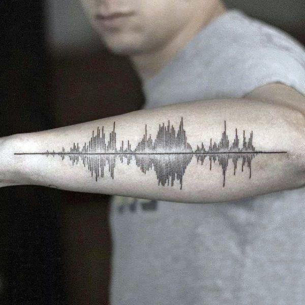 Tatuajes sonoros: cómo llevar tu canción favorita en la piel 5
