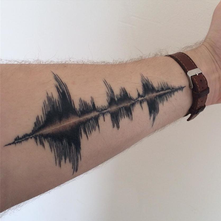 Tatuajes sonoros: cómo llevar tu canción favorita en la piel 7