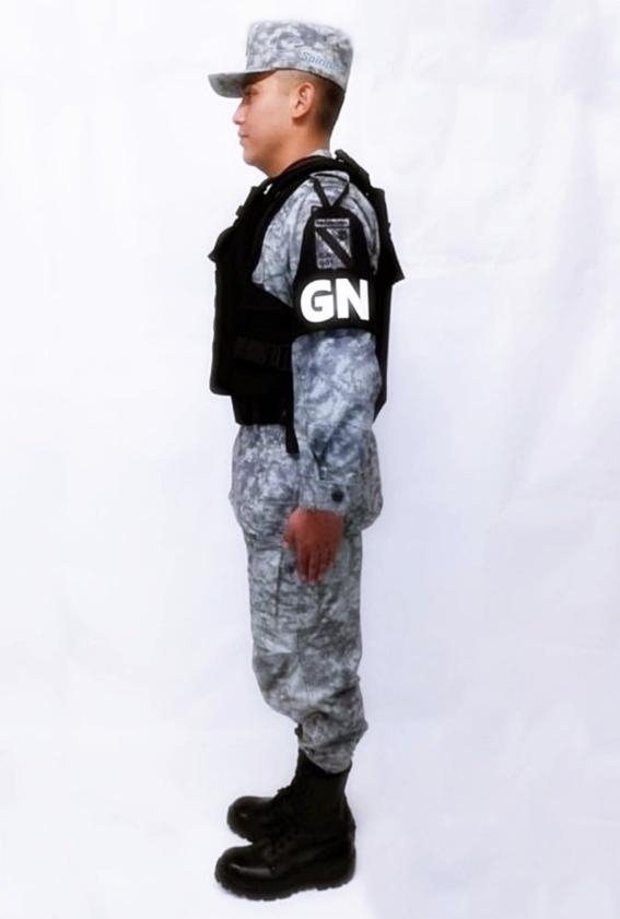 guardia nacional de amlo tiene nuevo uniforme 2
