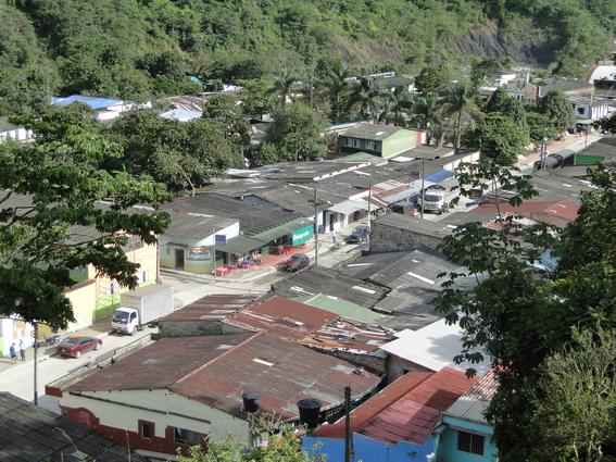 comunidad el pajarito en colombia decreta toque de queda por espiritus malignos 2