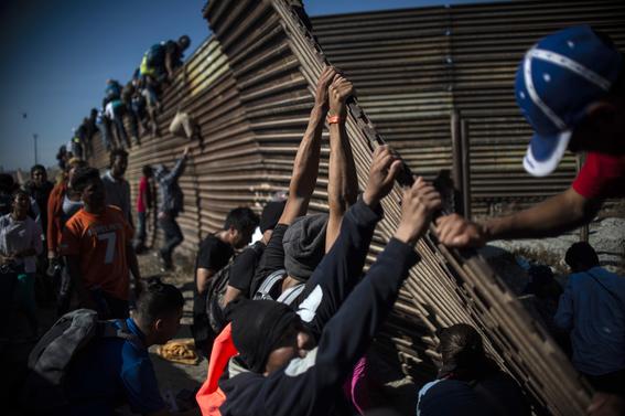 violencia mexico detuvo 98 migrantes de caravana 2