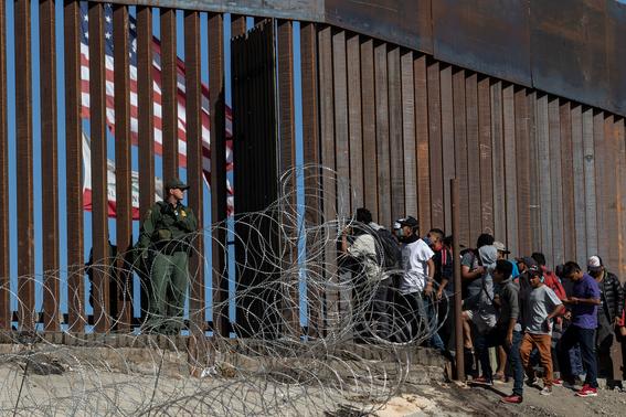 violencia mexico detuvo 98 migrantes de caravana 3