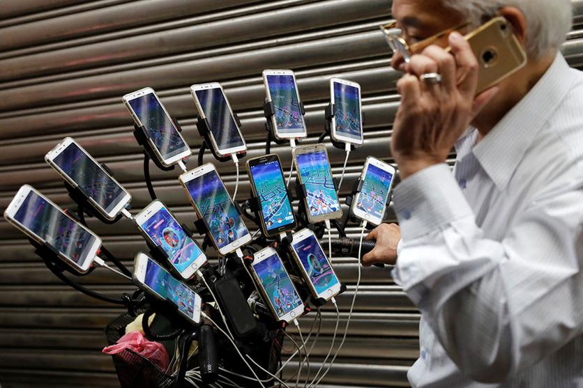 34 fotografías que revelan nuestra enferma obsesión con los smartphones 17