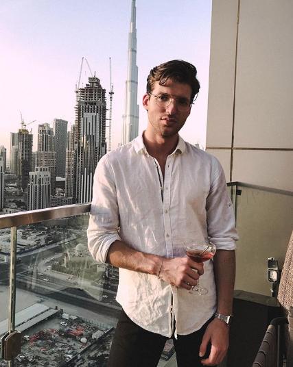 Por qué los hombres guapos tienen menos éxito laboral 2