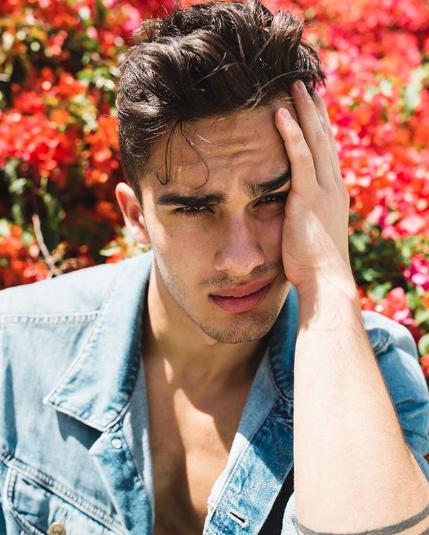Por qué los hombres guapos tienen menos éxito laboral 4