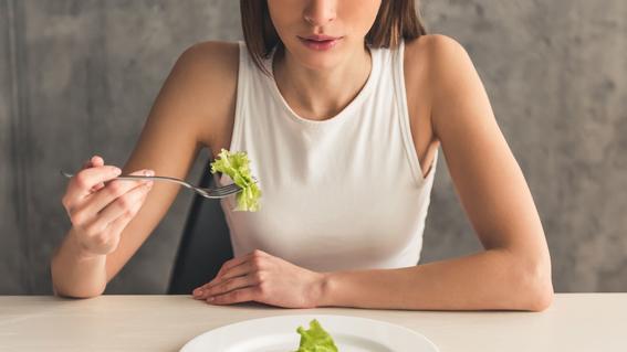 cual es el origen de los trastornos alimenticios y sus causas 3