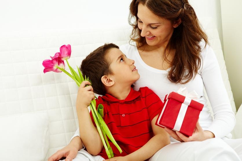Poemas para mamá y agradecerle lo que hace por ti