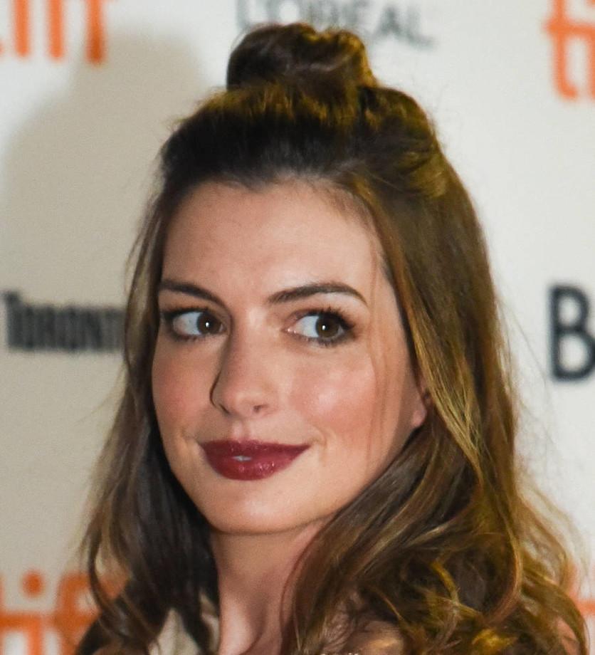 25 fotos del antes y después de Anne Hathaway 1