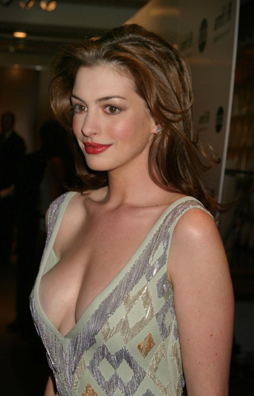 25 fotos del antes y después de Anne Hathaway 2
