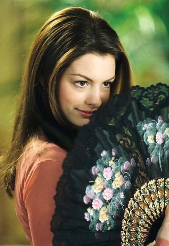 25 fotos del antes y después de Anne Hathaway 3