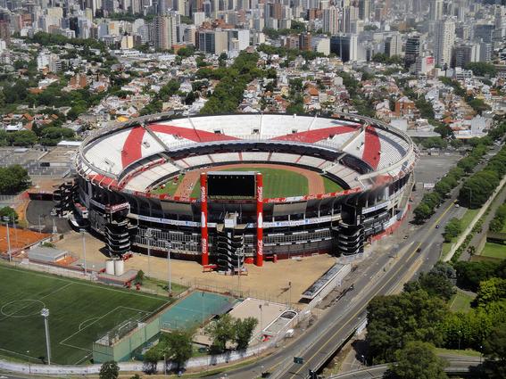 el estadio santiago bernabeu seria sede de la final de la libertadores 1