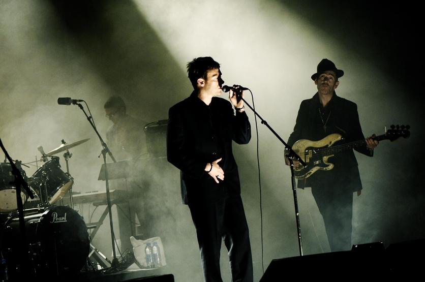 The Good, the Bad and the Queen: La banda de Damon Albarn que debes escuchar 2