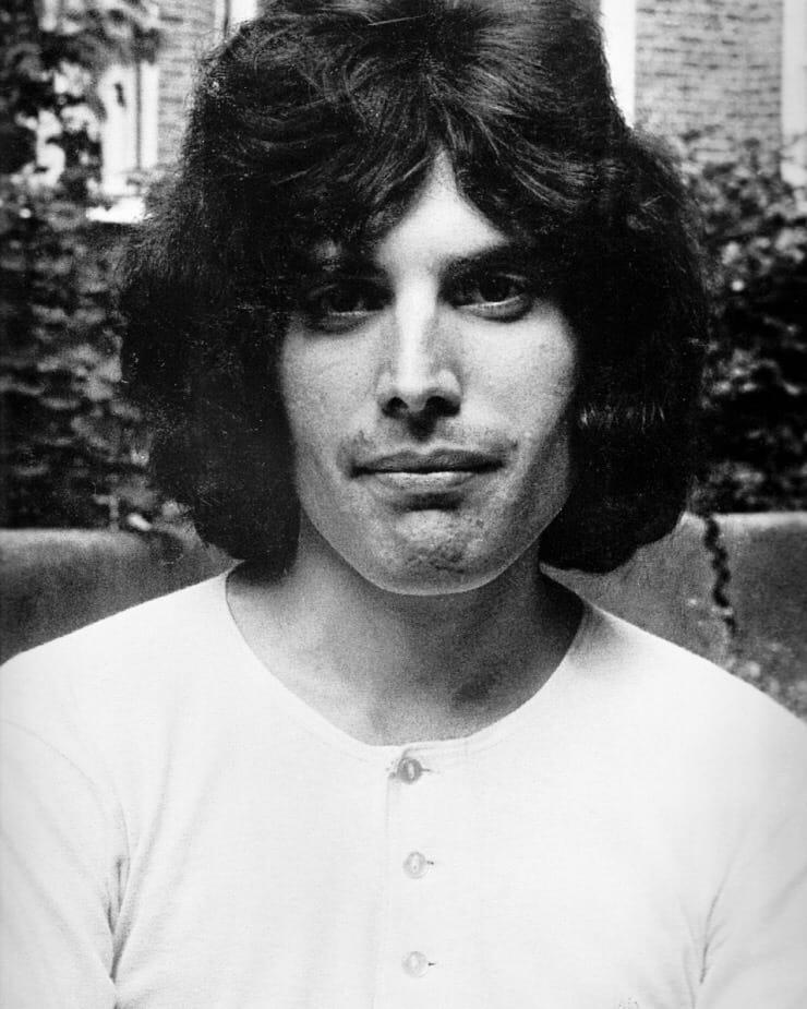 50 fotografías de la evolución de Freddie Mercury 9