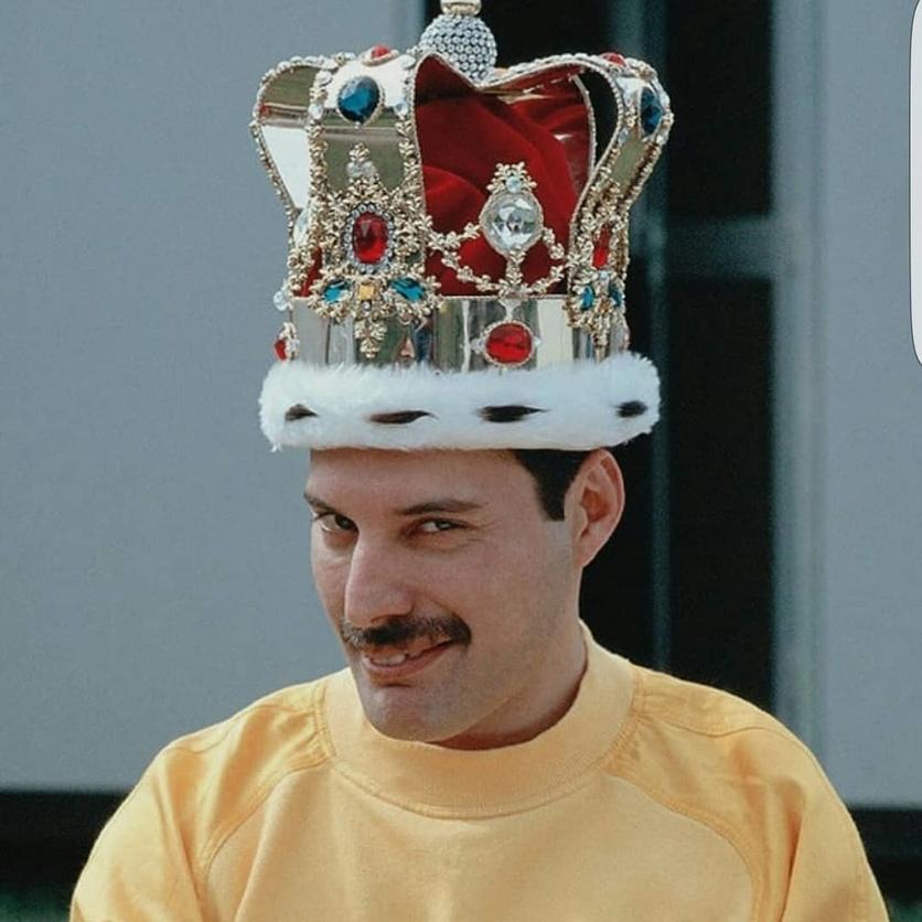50 fotografías de la evolución de Freddie Mercury 28