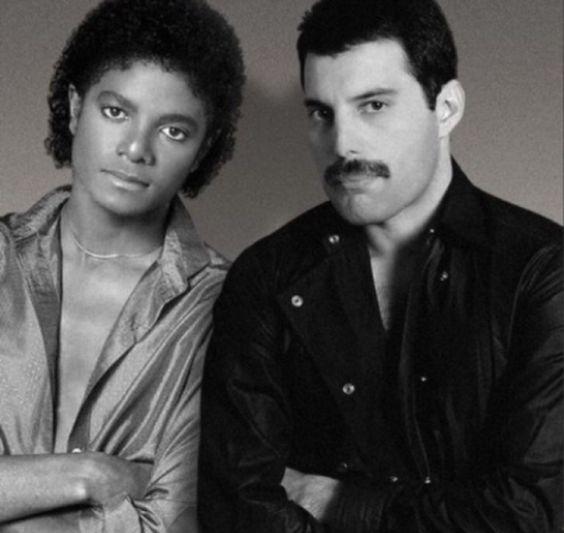 50 fotografías de la evolución de Freddie Mercury 35