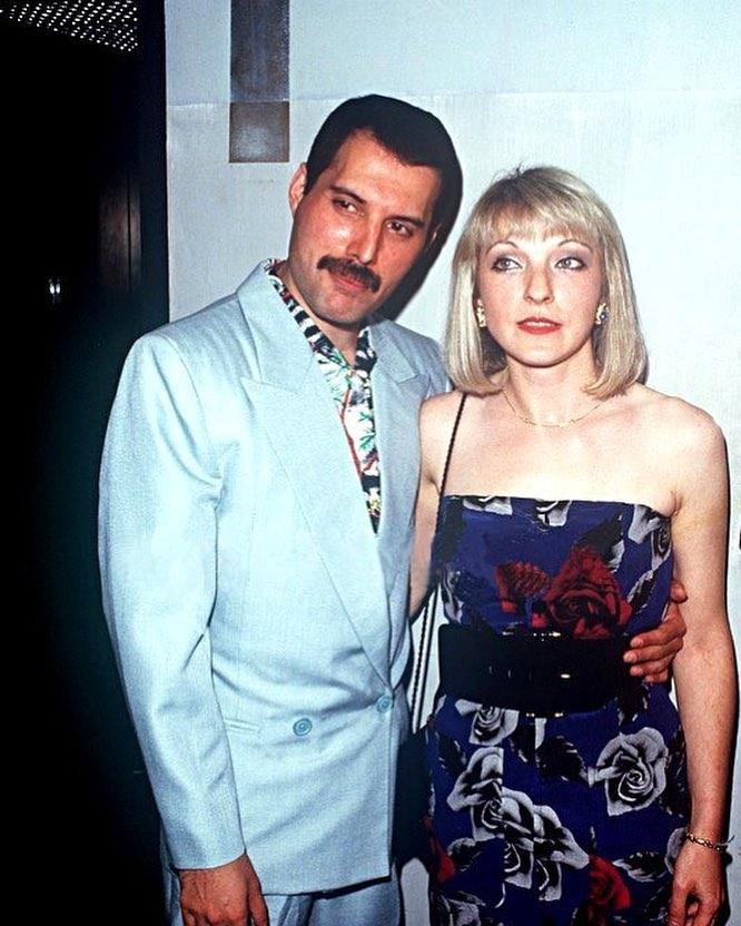 50 fotografías de la evolución de Freddie Mercury 43