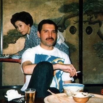 50 fotografías de la evolución de Freddie Mercury 44