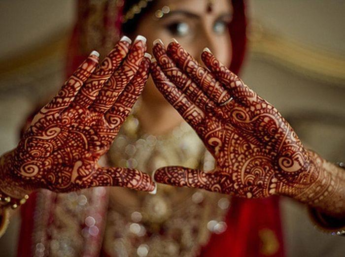 El sagrado significado detrás de los tatuajes en una boda hindú 2