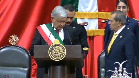 amlo toma posesion se convierte oficialmente en nuevo presidente de mexico 1